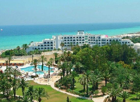 Tunesie Sousse  Hotel Marhaba Beach 4*.  Arabische stijl , aan zandstrand. Perfecte vakantieplek, zonvakantie! Kindvriendelijke, mooi zwembad, mini club en wellness center. Centrum  Sousse op 2 km