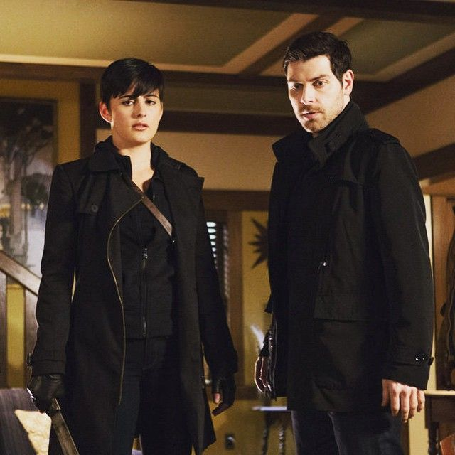 Here Comes Trubel ---  so glad to see her return to Grimm.  Nick needs help with all those Vessen in Portland.  And she's fun to watch!