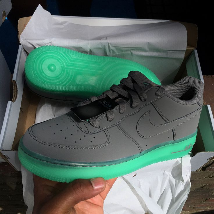 Nike Air Force 1 Low - Glow In The Dark