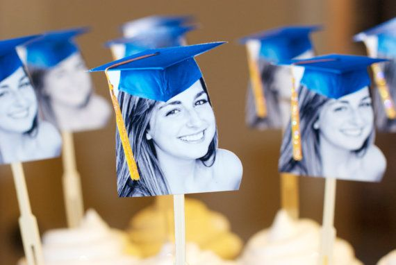 Personalized graduation hat photo cupcake by CakeFaceToppers, $20.00
