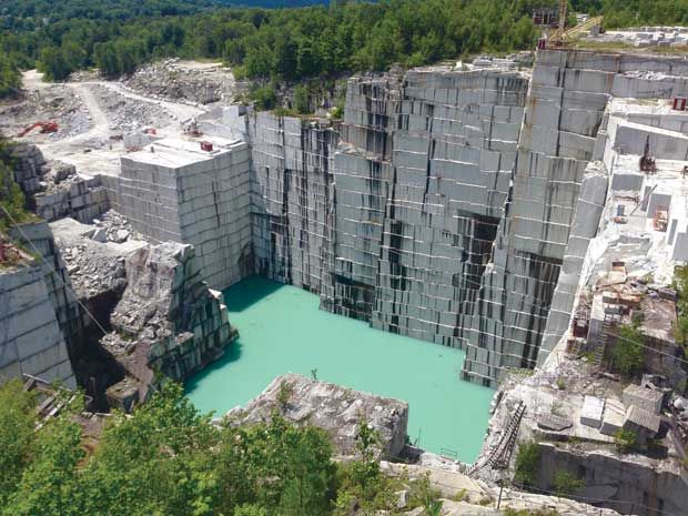 Vermont Day Cations Rock Of Ages Granite Quarry Granite