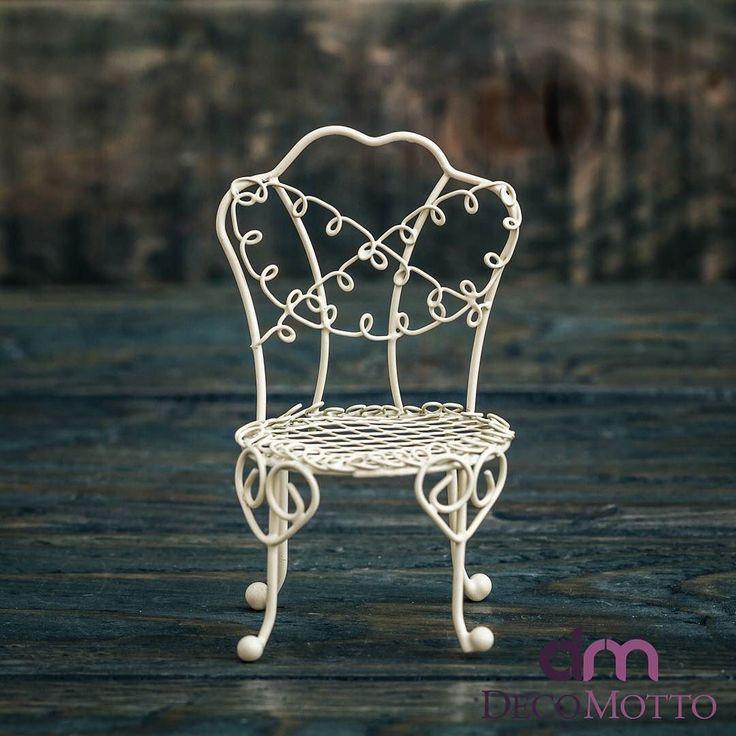 decomotto.com.tr | Ferforje sunum ürünlerimiz sizi bekliyor.  Büyük sandalye 7 tl Küçük sandalye 4.5 tl Kafes mumluklar 5 tl  decomottom#decomotto #madeinanatolia #cicievim #caysunumu #renklisunumlar #evdekorasyon #caykeyfi #mutfakbecerileriniz #ruyaevler #güzelevim #çeyiz #dekoratif #tasarim #gununuzguzelgecsin #kişiyeözel #gelinlik #örgüaşki #sofrasunumu #seninsunumun #renklievler #evdekorasyonfikirleri #gününkahvesi #decorationideas #decor #hmhometurkey #coffee #ferforje…