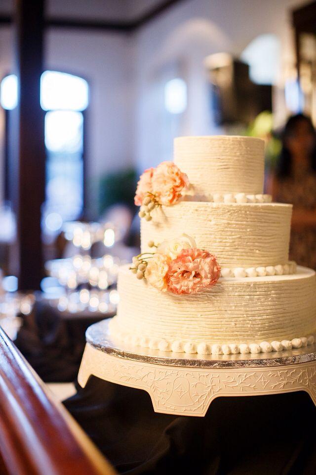 Claire & Tammy wedding cake