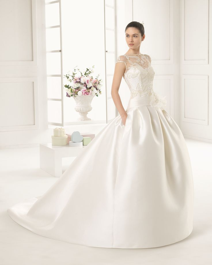 Abiti da sposa 2016 collezione Rosa Clara