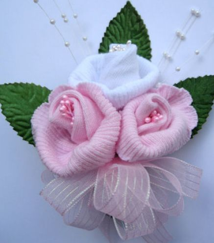 how to make a baby shower corsage 4