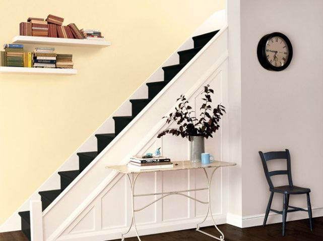 Peindre escalier en noir