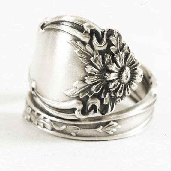 Cute Daisy Spoon Ring in Art Nouveau Antique Daisy Spoon by Spoonier