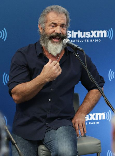 Mel Gibson Photos Photos - Director Mel Gibson takes part in SiriusXM's 'Hacksaw Ridge' Town Hall featuring Director Mel Gibson and actors Vince Vaughn and Luke Bracey hosted by John Fugelsang on November 2, 2016 in New York City. - SiriusXM's Hacksaw Ridge Town Hall Featuring Director Mel Gibson, Vince Vaughn, And Luke Bracey