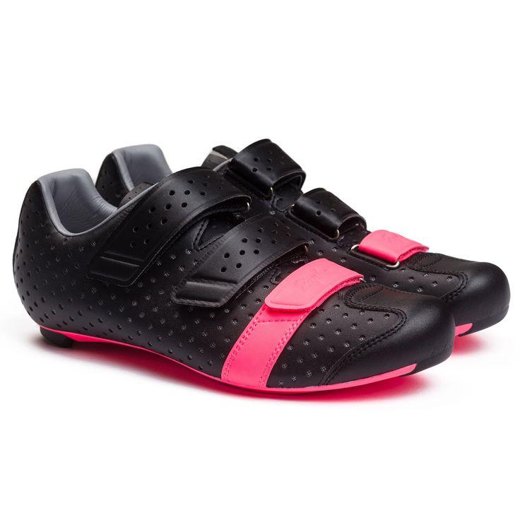 Rapha   Climber's Shoes in Black // Meta: #Rapha #ClimbersShoes #Giro
