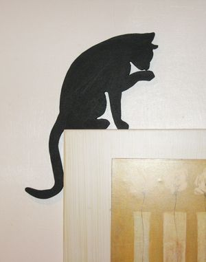Cat licking paw for picture or door topper - Rustic Crafts