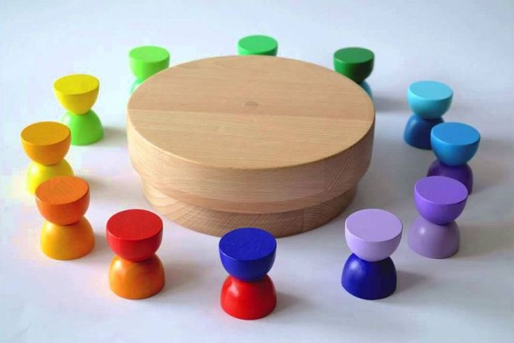 Wooden toys (design Minitremu) inspired by Romanian sculptor Constantin Brancusi