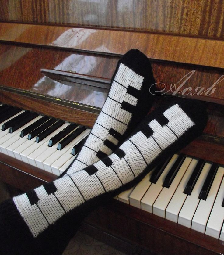 Knitting Pattern Piano Keyboard : 25+ best Intarsia Knitting ideas on Pinterest Casting on, Bind off and Knit...