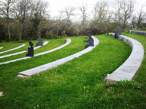 Parco Sculture del Chianti- Chianti Sculpture Park - Anfiteatro  #TuscanyAgriturismoGiratola
