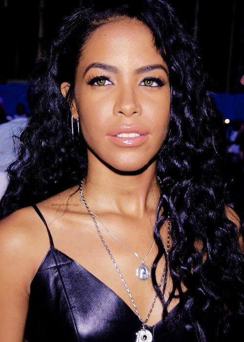 DATE: early 2000s PERSON/PRODUCT: Aaliyah IMAGE SOURCE: tumblr.com AGE OF PERSON: died at age 22