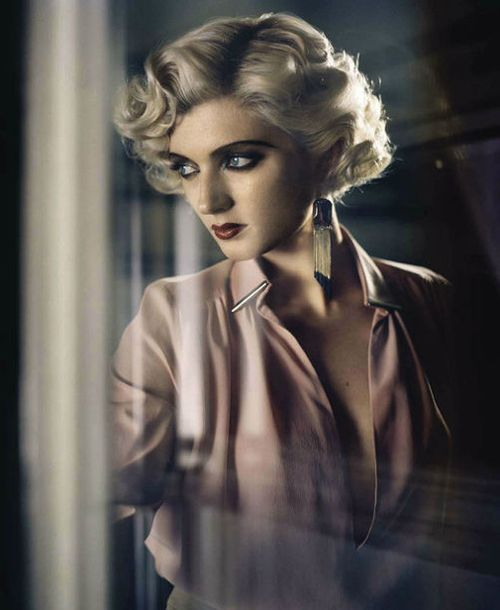 Divina | Sophie Sumner by Vincent Peters for Vogue Italia, August 2012