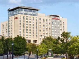 ★★★ Hilton Garden Inn Atlanta Downtown, Atlanta, USA (pool, restaurant, no breakfast, closest to Olympic Park)