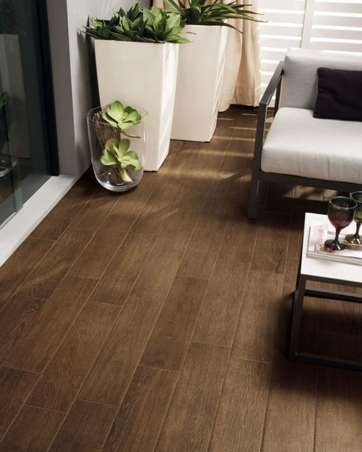 25 best ideas about carrelage effet parquet on pinterest - Carrelage imitation parquet salon ...