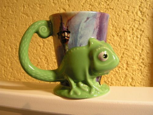 Tangled mug. shut the front door