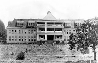 The Oregon Deaf-Mute School, which had opened in 1894, was soon abandoned because of inadequate roads to its relatively secluded location. The newly commissioned Oregon State Tuberculosis Hospital, the first state owned and state run TB hospital in Oregon, took advantage of the empty school.