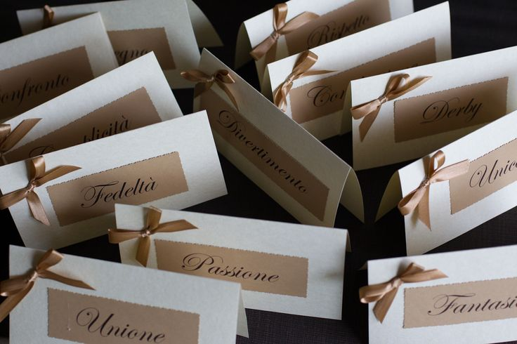 brown & ivory tablecards