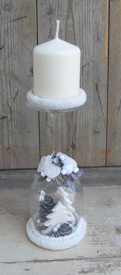 Csalfa káprázat - egyedi gyertyatartó (közepes méret), Otthon, lakberendezés, Dekoráció, Gyertya, mécses, gyertyatartó, Ünnepi dekoráció, Egy cseppnyi tél... ezt rejti ez a borospohárból készített gyertyatartó.  A pohár kelyhe, min..., Meska
