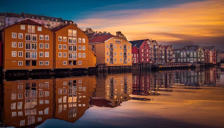 Trondheim Nidelva by Aziz Nasuti on 500px