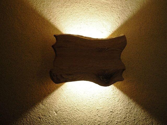 Wandlampe Holz handgefertigt indirekte Beleuchtung
