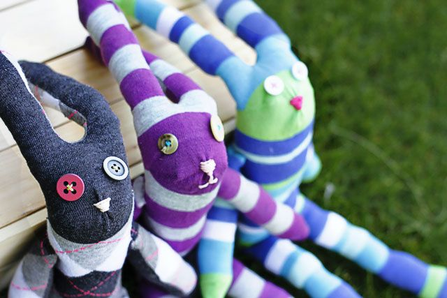 Easter bunnies from socks