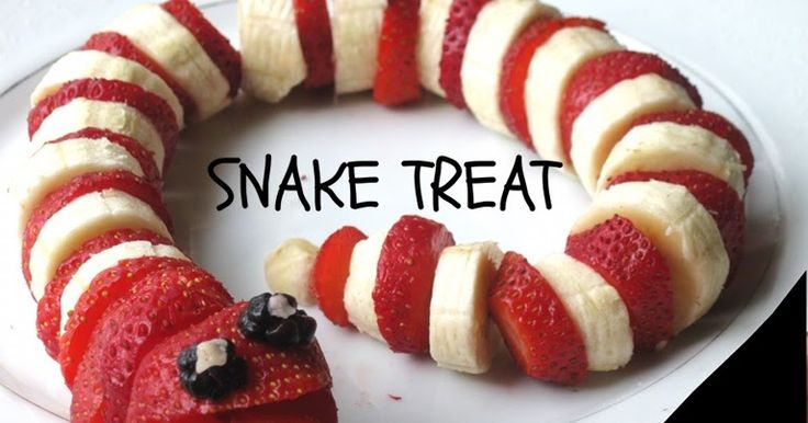 I saw this on FB and just had to try it and give it my own spin.   All you need to make this healthy tasty reptile:  - strawberries  - ba...