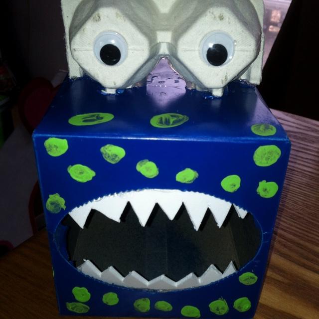 Valentine monster box!: Valentines Boxes, Valentine'S S, Valentines Monsters, Valentine'S Monsters, Valentine'S Boxes