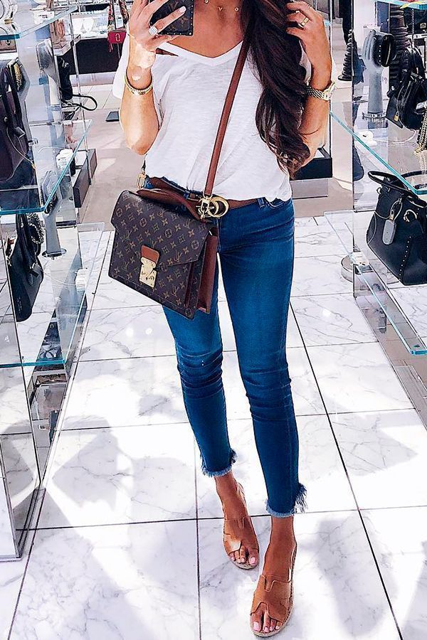 0dc8bac8e06 With Louis Vuitton shoulder bag and Gucci belt. Most Popular Outfits