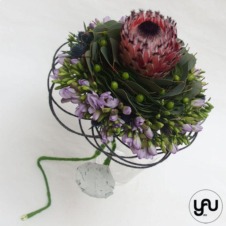 buchet nunta protea frezii eryngium yauconcept Elenatoader