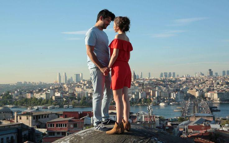 'Kara Sevda' sezon finali Valide Han'da çekildi Burak Özçivit, Neslihan Atagül, Kaan Urgancıoğlu
