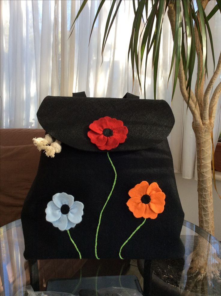 Felt backpack with flowers