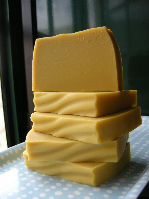 Jabón de Ruda y Patchouli para el Acne y Eczema by SiloeSOAP, €2.35