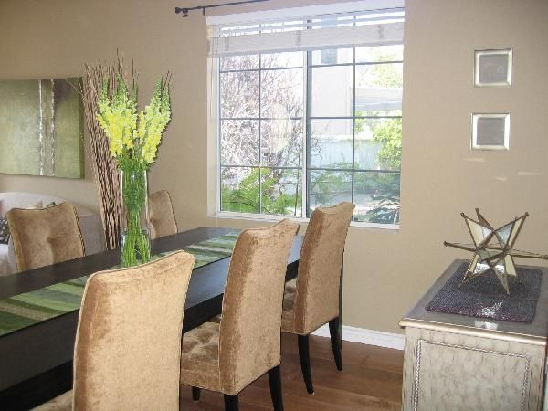 Harvest Brown By Behr We Painted Our Living Room This Colour And Were
