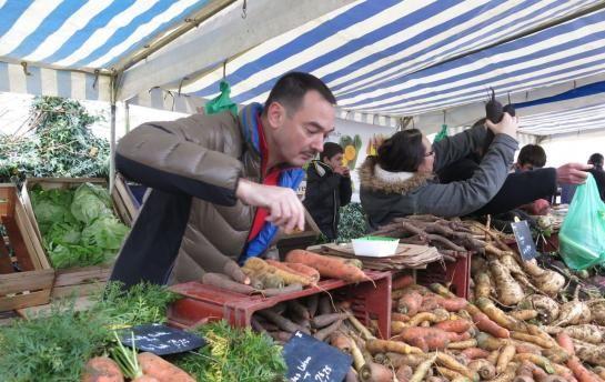 Bouafle. Le marché qui réunit presque exclusivement commerçants et producteurs locaux sera inauguré le 19 avril avec le cuisinier de la Tour d'Argent, Laurent Delarbre (sur la photo).