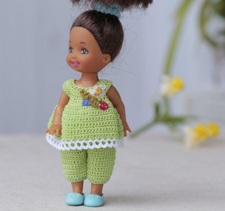Großartig Freie Puppe Häkelkleidung Muster Galerie - Nähmuster-Ideen ...