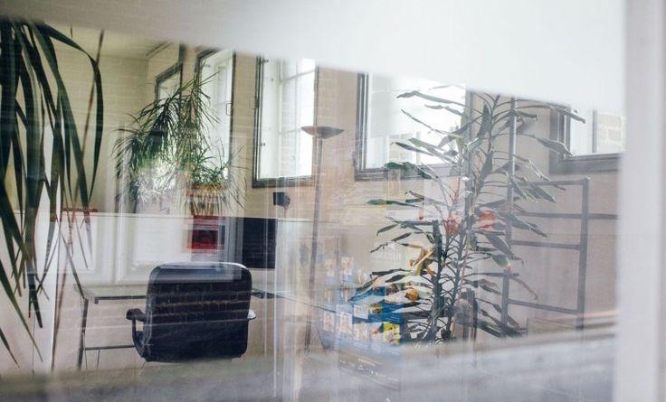 Arbeitsplatz mit Industrie-Charme im alten Straßenbahndepot #Büro, #Bürogemeinschaft, #Office, #Coworking, #Ruhrgebiet, #Ruhr #Dortmund