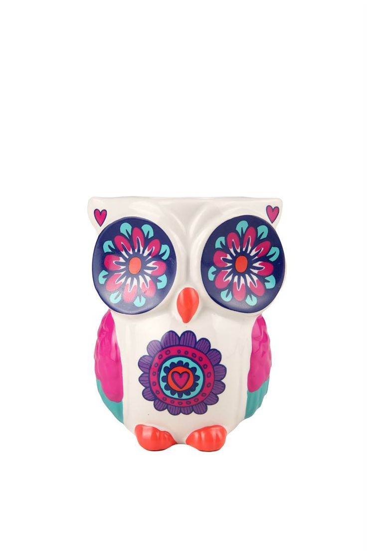 An Owl that holds pens...this couldn't be more perfect for me!