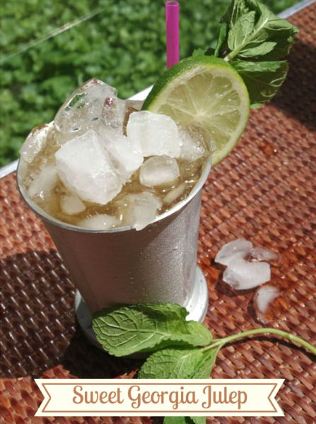 Sweet Georgia Julep, by Danielle Harling (Lushworthy) Ingredients: 1½ parts Maker's Mark® Bourbon 1½ parts lemon simple syrup* Cup Black Tea Mint leaves Lemon or lime slices *Lemon Simple Syrup 1 part sugar 1 part water 5 Lemons Please re-pin to vote for this Julep. Find full recipe and directions by clicking the pin. #JulepOff