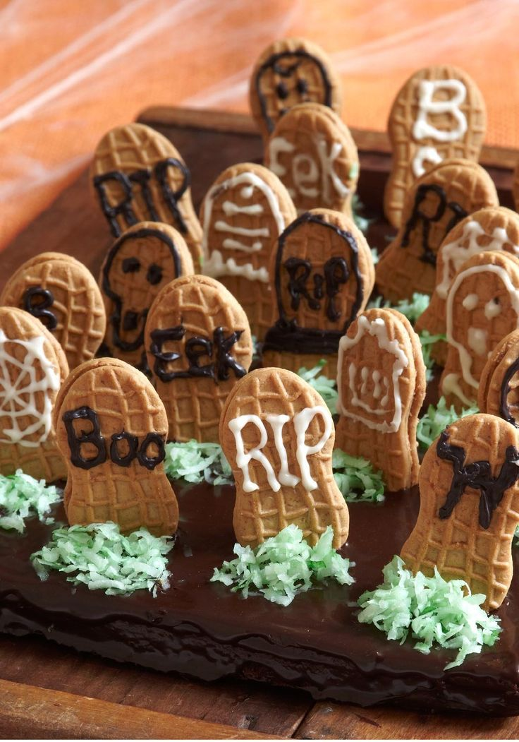Graveyard Brownies -- Dealing with a graveyard on Halloween is scary ...