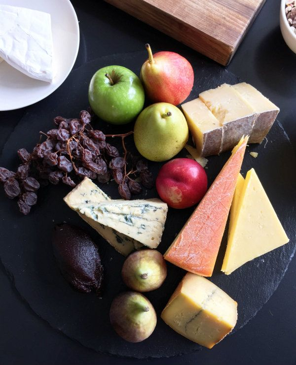 How to Create a Beautiful Cheese Platter |