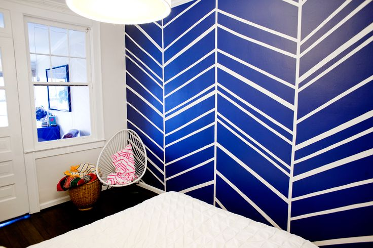 tape wall, then paint. easy. A DIY Pro Shows Off Her Upgraded Pad #refinery29