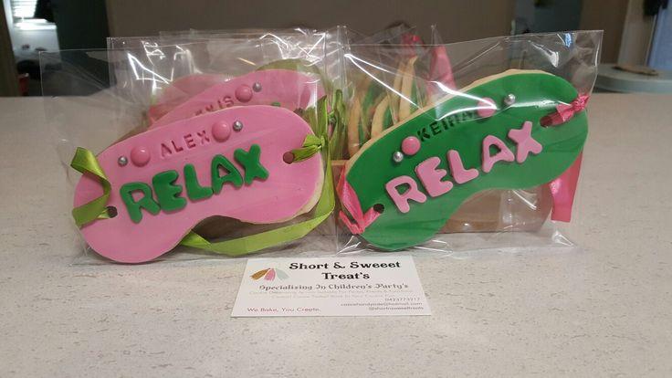 Relax eye mask cookies
