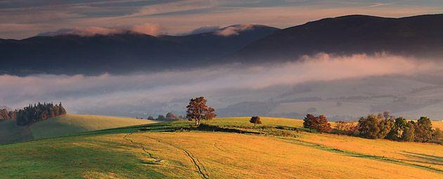 Malebná krajina podhůří Králického Sněžníku (foto: Marián Béreš)
