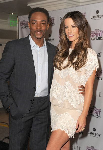 Kate Beckinsale Photos - Actors Anthony Mackie (L) and Kate Beckinsale attend the 2012 Film Independent Spirit Awards nominations press conference held at The London Hotel on November 29, 2011 in West Hollywood, California. - 2012 Film Independent Spirit Awards Nominations Press Conference