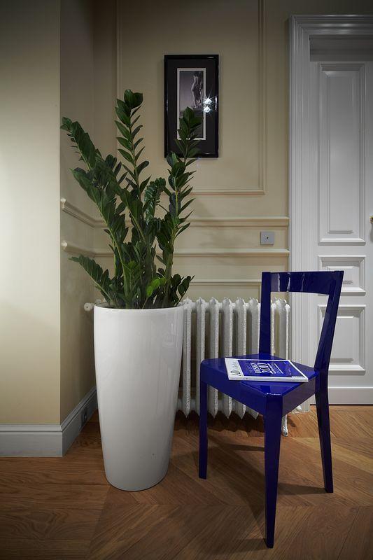 Showroom Zień Home, krzesło Diament, proj. Tomek Rygalik dla Zień Home, fot. Robert Baka