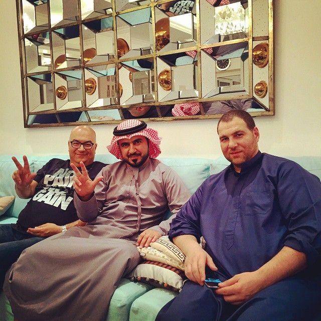 Marwan bin Mohammed bin Rashid Al Maktoum, cena con amigos, 22/11/2014. Vía: alrzeen77