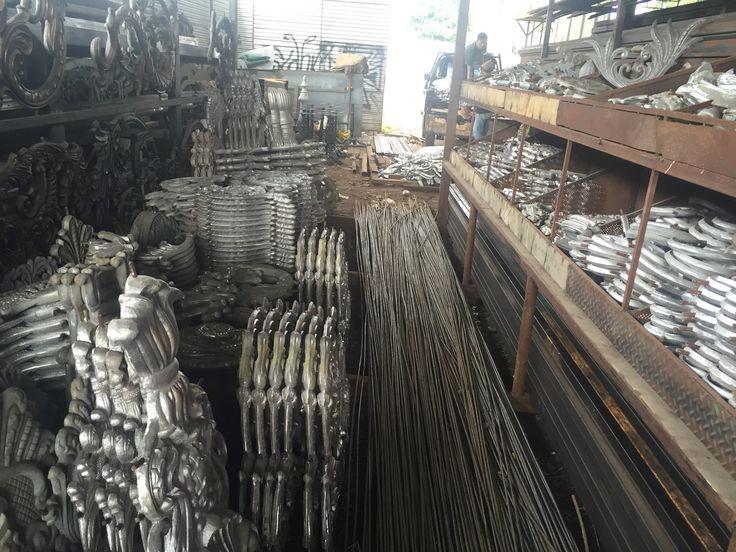 January | 2017 | PAGAR BESI TEMPA KLASIK|jual Aksesories besi tempa ornamen alluminium cor